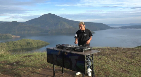 Keren! Lewat Musik dan YouTube DJ Cliffrs Angkat Pariwisata Tanah Batak